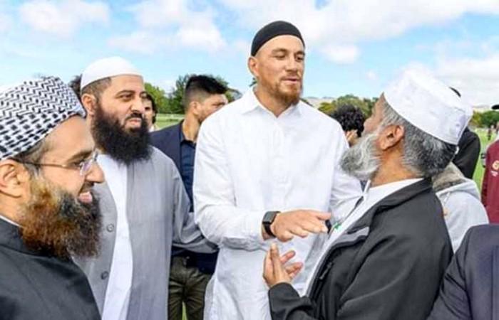 ইসলাম গ্রহণ করলেন নিউজিল্যান্ডের জাতীয় দলের খেলোয়াড়