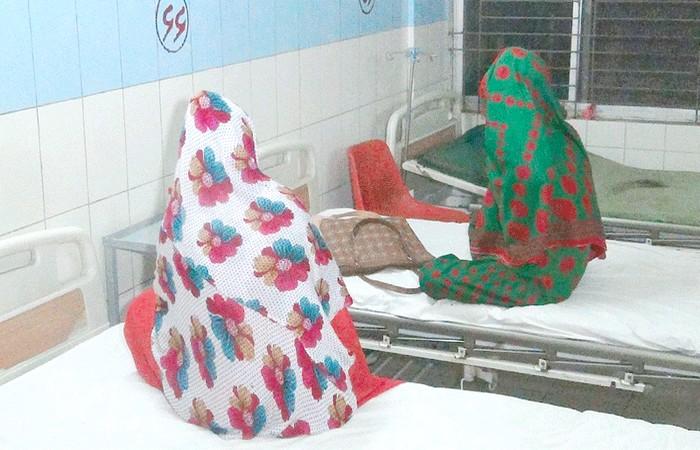 দুই বান্ধবীকে রাস্তা থেকে তুলে নিয়ে গ'ণধ'র্ষ'ণ