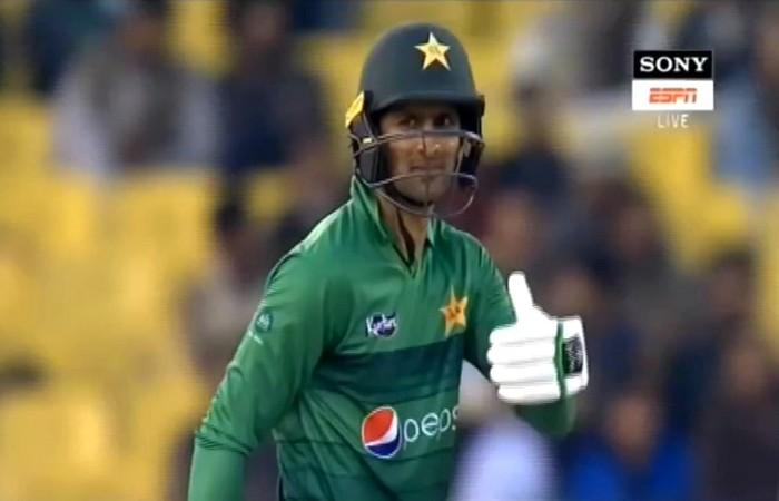 টান টান উত্তে'জনা, ৩৫ বলে ৪৩ রান লাগবে পাকিস্তানের