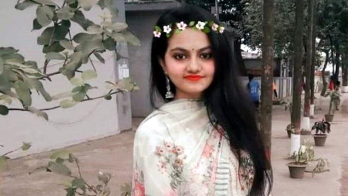 ইডেন ছাত্রী বিয়ের একদিন আগে আত্ম'হ'ত্যা করল