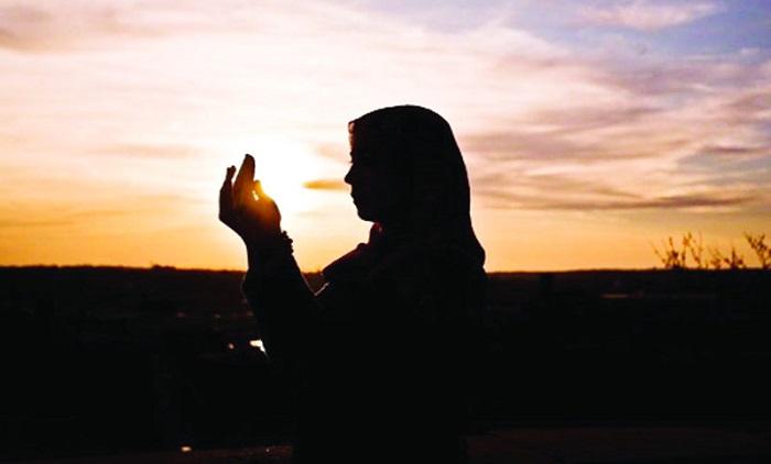 ইসলামে নারীর প্রতি সম্মান আমাকে মুগ্ধ করেছেঃ নওমুসলিম
