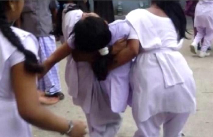 পাবনায় 'অজানা' ভাইরাসে হঠাৎ অসুস্থ হয়ে দুই স্কুলছাত্রীর মৃত্যু