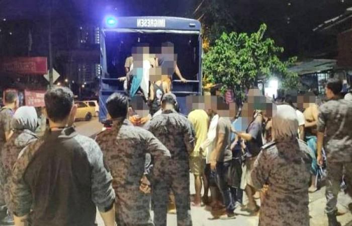 কুয়ালালামপুরে সাঁড়াশি অভিযানে বাংলাদেশিসহ দুই শতাধিক গ্রেফতার