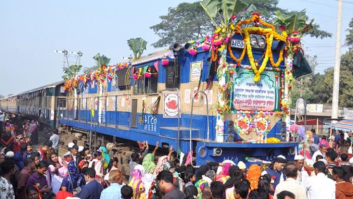 শনিবার রাজবাড়ী থেকে ভারতের মেদিনীপুরে ওরস ট্রেন যাবে