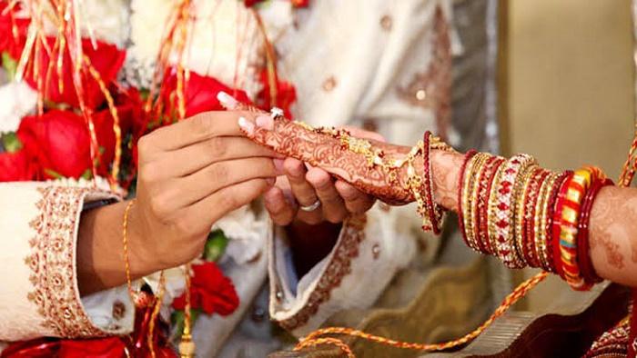 প্রেমিকার সাথে বিয়ে না দেয়ায় আত্মহ'ত্যা করল অষ্টম শ্রেণির ছাত্র