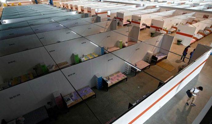 সিঙ্গাপুর করোনা রুখতে দ্রুত অস্থায়ী হাসপাতাল নির্মাণ করছে