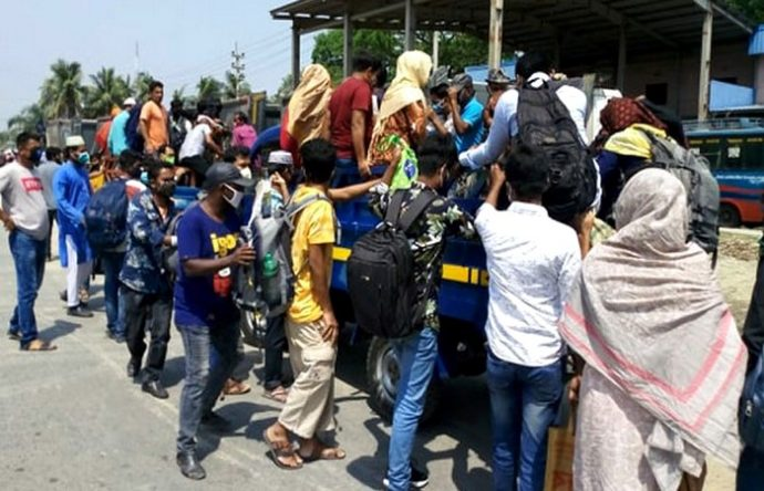 ঢাকা-আরিচা মহাসড়কে বাড়িফেরা মানুষের ঢল