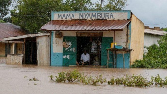 কেনিয়ায় করোনার মধ্যেই বন্যা, ২০০ জন নিহ'ত