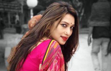 'সুমন আমি ডা.সাবরিনা বলছি, তুমি খুব কিউট'