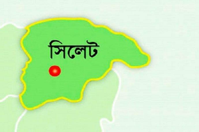 ব'ন্দুক পরি'ষ্কা'র করার সময় গু'লিতে শি'শু নি'হ'ত