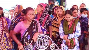 কথাকাটাকাটির জেরে গৃহবধূকে বাঁশ দিয়ে পি'টিয়ে হ'ত্যা