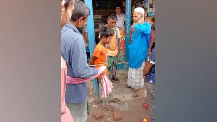 মাদ্রাসাছাত্রকে খুঁটির সঙ্গে বেঁধে চোর সন্দেহে নির্যাতন